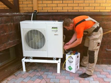 Установка и обслуживание кондиционера в Киеве с гарантией